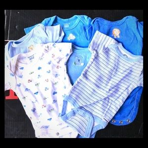 Set of 6 newborn baby boy onesies 0-3 months!